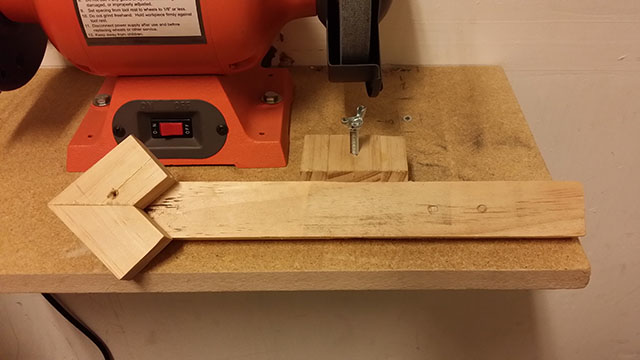 what my homemade sharpening jig looks like